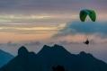Sunset parapente depuis le plateau du pouce